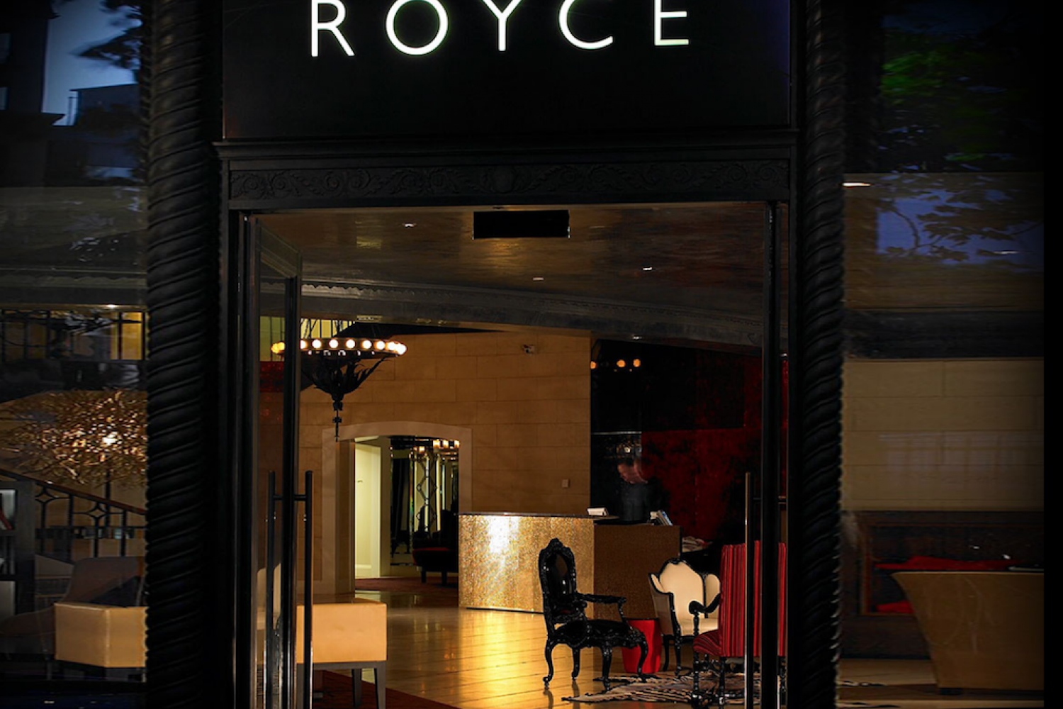 Melbourne: The Royce Hotel - Eingang