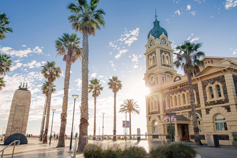 Adelaide/Glenelg: Moseley Square