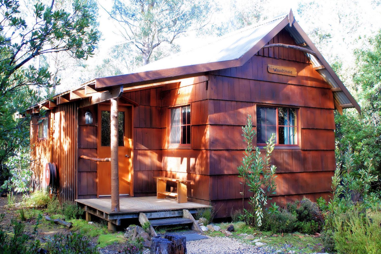 Cradle Mountain Highlanders Cottages: Woodsmoke Cottage