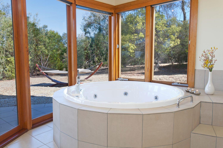 Boroka Downs: Whirlpool in Villa