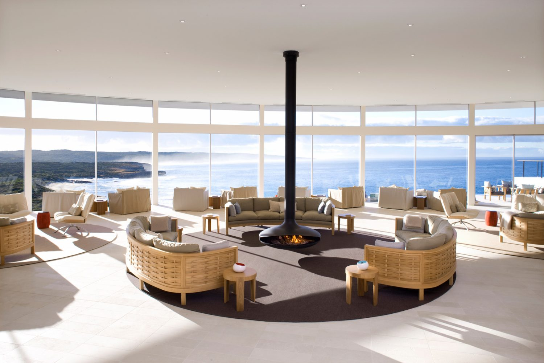 Southern Ocean Lodge: Lounge mit Ausblick