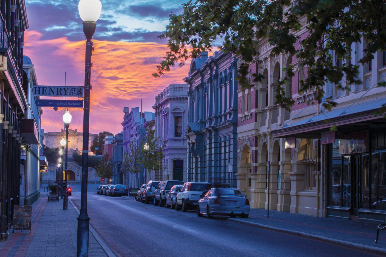 Perth: High Street West End
