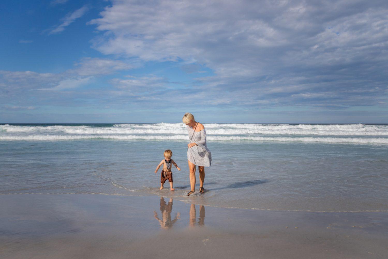 Am Strand von Denison Beach in Tasmanien
