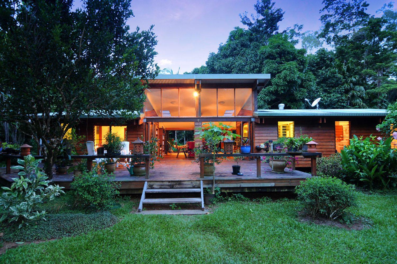 Verblijf in het regenwoud bij Cow Bay Homestay