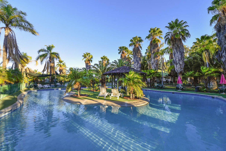Alice Springs: Desert Palms Resort - Swimming Pool