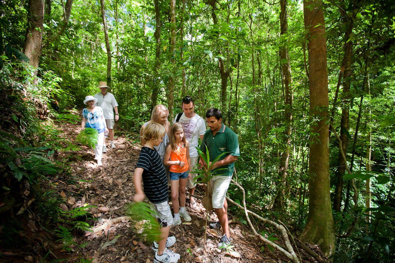 Op pad met een Aboriginal gids van Walkabout Adventures