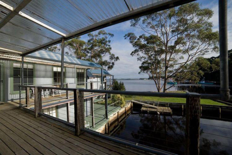 Unterkünfte in Australien - Risby Cove Strahan Tasmanien Blick auf die Bucht