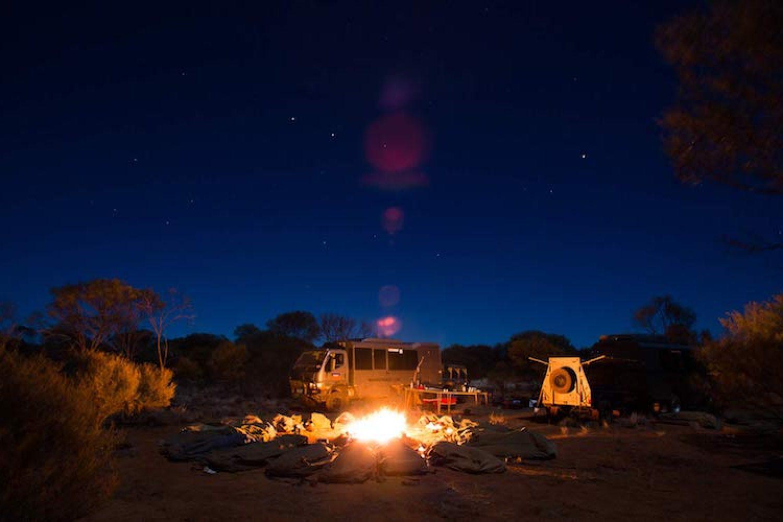 Safaritour im Roten Zentrum - Zeltcamp mit Lagerfeuer und Swags
