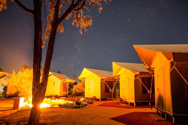 Outback und Rotes Zentrum - Zeltcamp bei Nacht