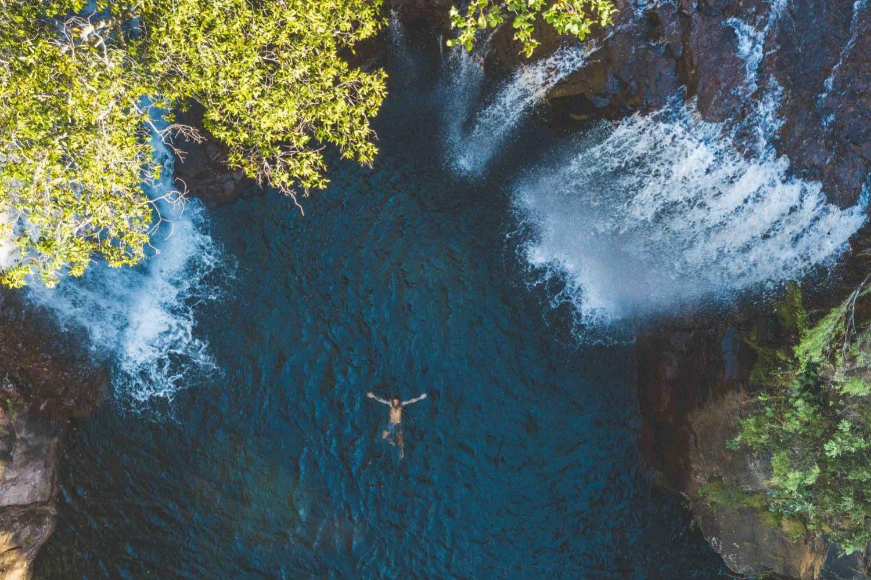 Schwimmen im Becken der Florence Falls im Litchfield Nationalpark