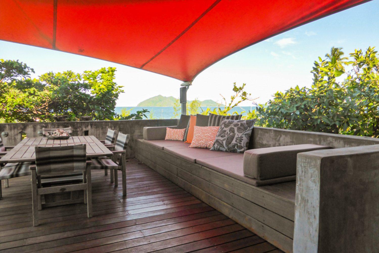 Von der Veranda Ihrer Unterkunft in Mission Beach aus blicken Sie auf die vorgelagerte Insel Dunk Island.