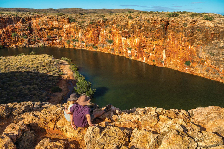 Der Cape Range Nationalpark bietet aber auch Outback-Feeling vom Feinsten wie hier mit Blick über den Yardie Creek.