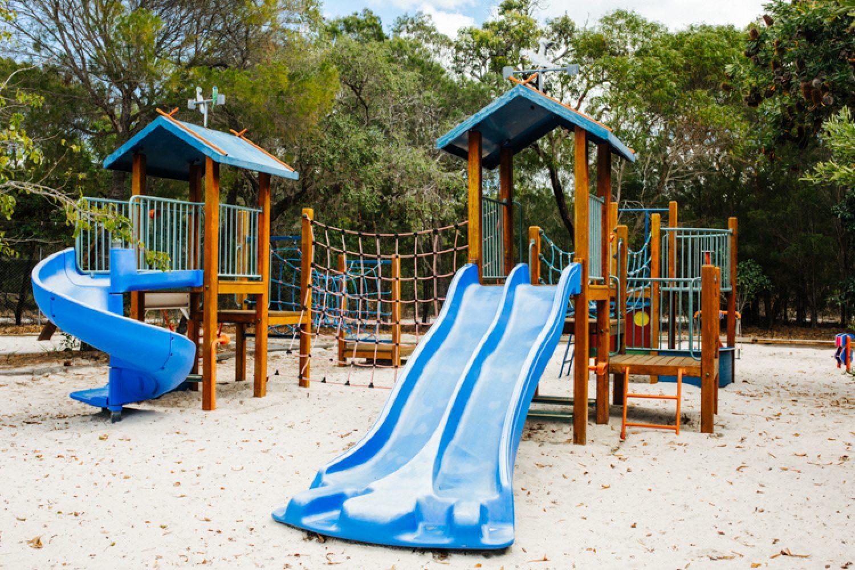 Auch für Kinder ist einiges geboten wie z.B. ein Spielplatz.