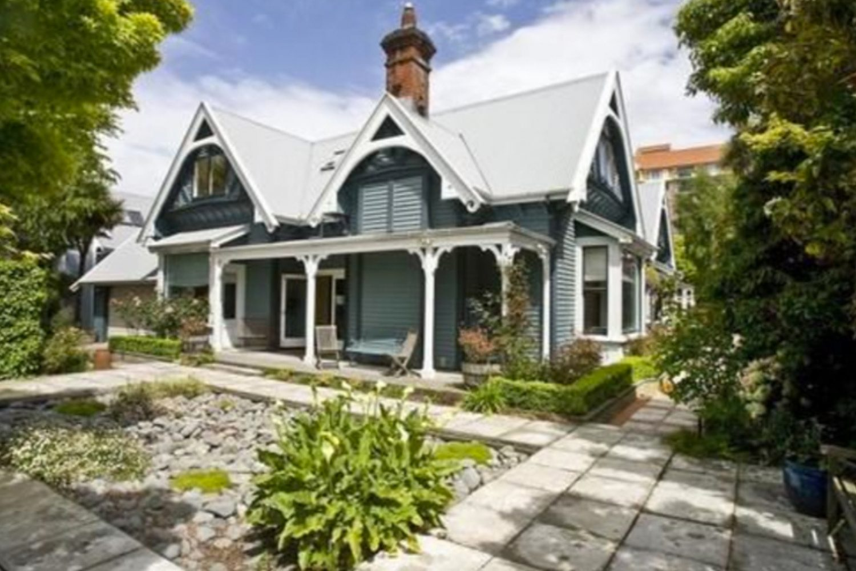 Übernachten Sie in einem der noch übrige gebliebenen, historischen Gebäude von Christchurch.