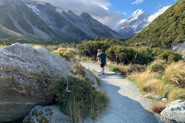 Nach Ihrem Rundflug können Sie die  Täler und Bergseen des Mount Cook Nationalparks auch zu Fuß erkunden.