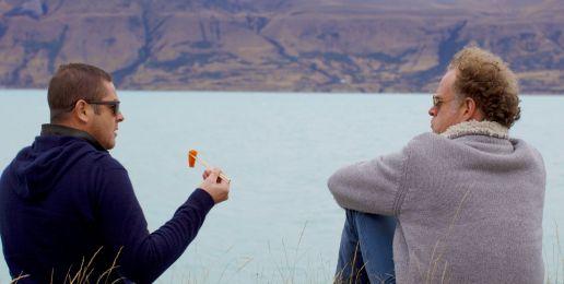 Man op reis in Nieuw-Zeeland: sashimi aan het meer