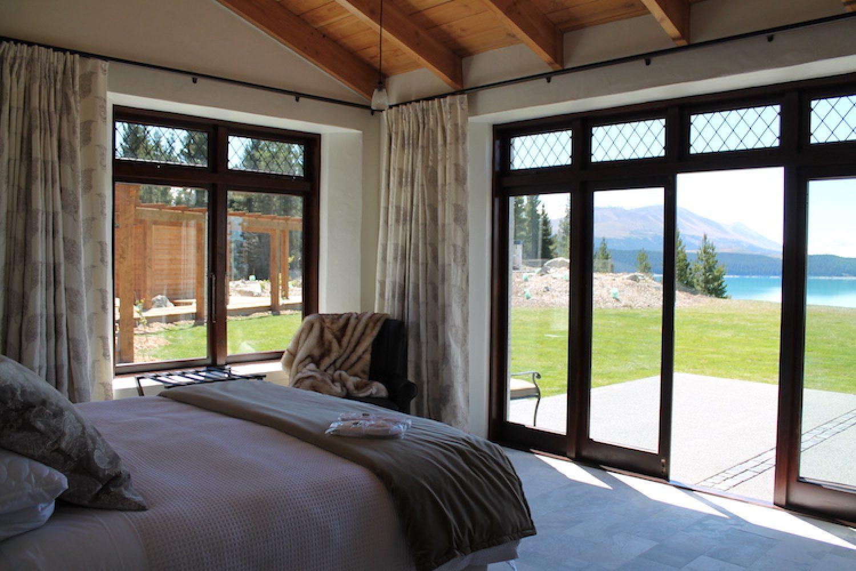 Het uitzicht vanuit uw kamer bij Mt Cook Lakeside Retreat