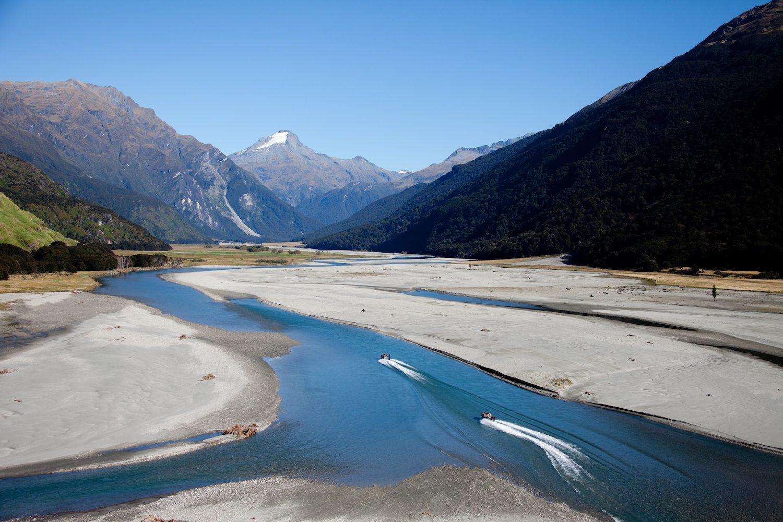 Den Mount Aspiring National Park mit Wilkin Jet Helicopters erleben