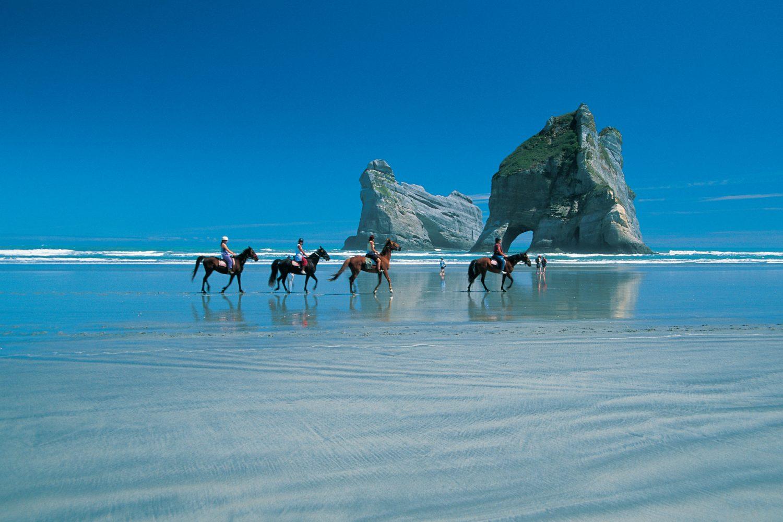 Paardrijden bij Golden Bay