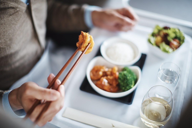 Gezonde gerechten in Business Class van Cathay Pacific